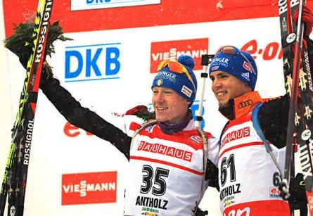 Симон Шемпп и Лукас Хофер выиграли спринт на этапе Кубка мира в Антерсельве